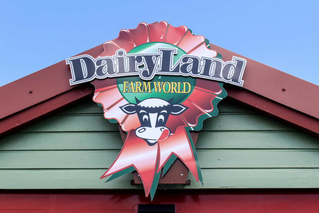 Dairyland Farm World